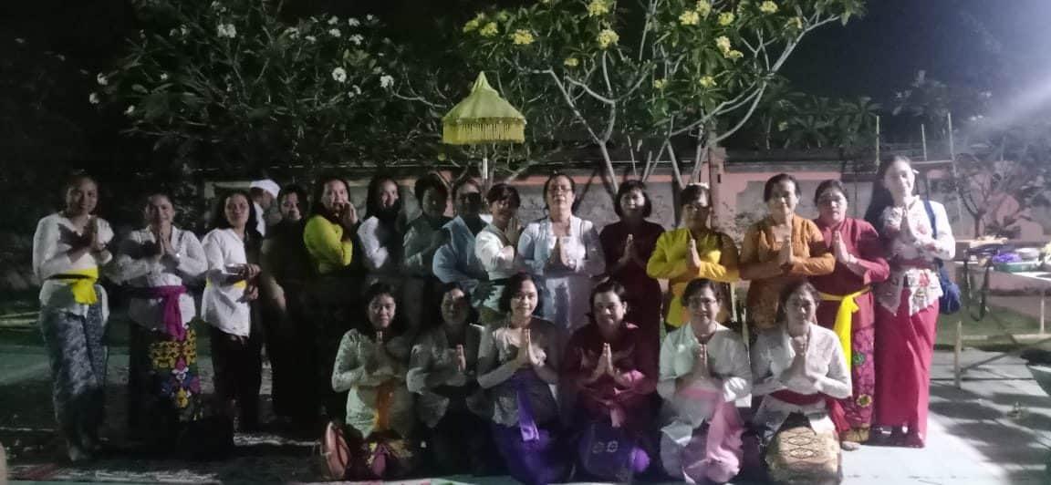 Dansatpom Lanud Rsn, Galungan Berarti Darma Melawan Adharma