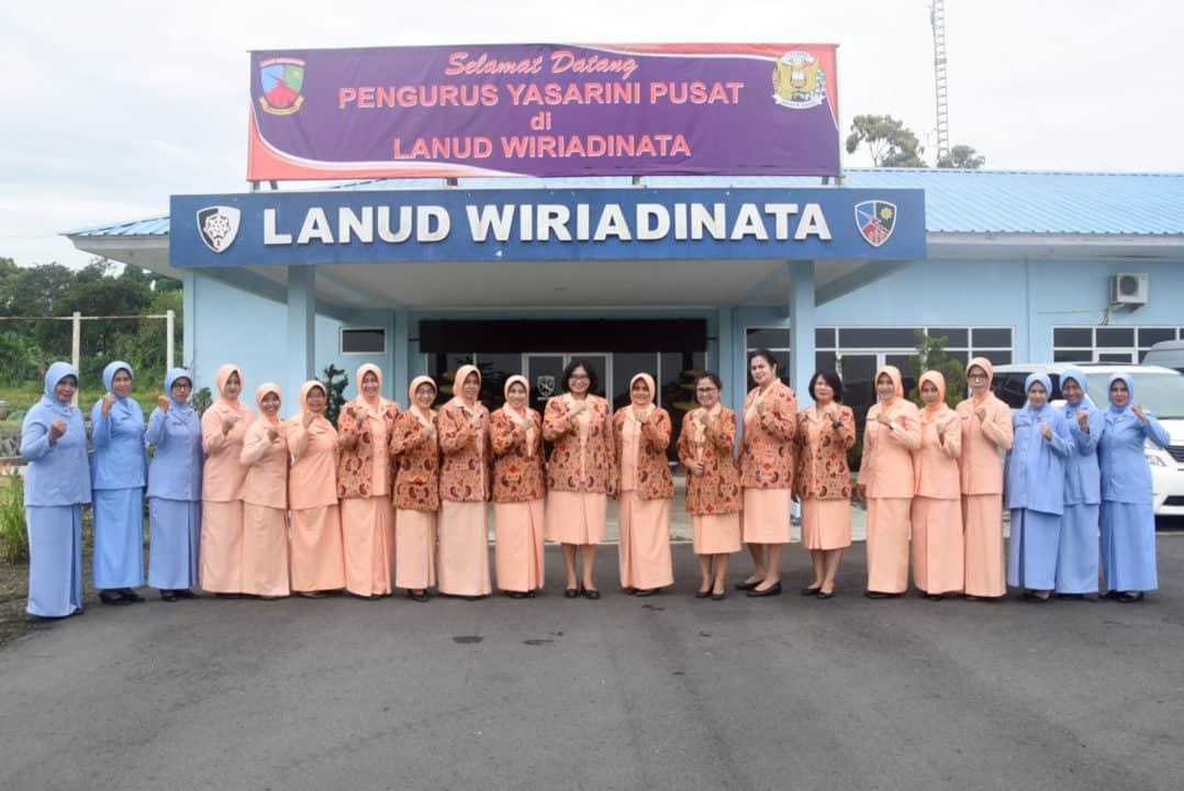 Visitasi Yasarini Pusat Di Sekolah (TK dan SMK) Angkasa Lanud Wiriadinata