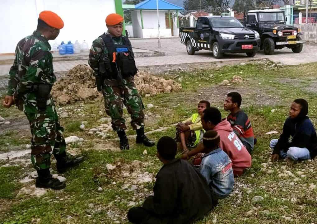 Satgas Pamrahwan Yonko 462 Paskhas Pos Wamena Sosialisasi Bahaya Narkoba