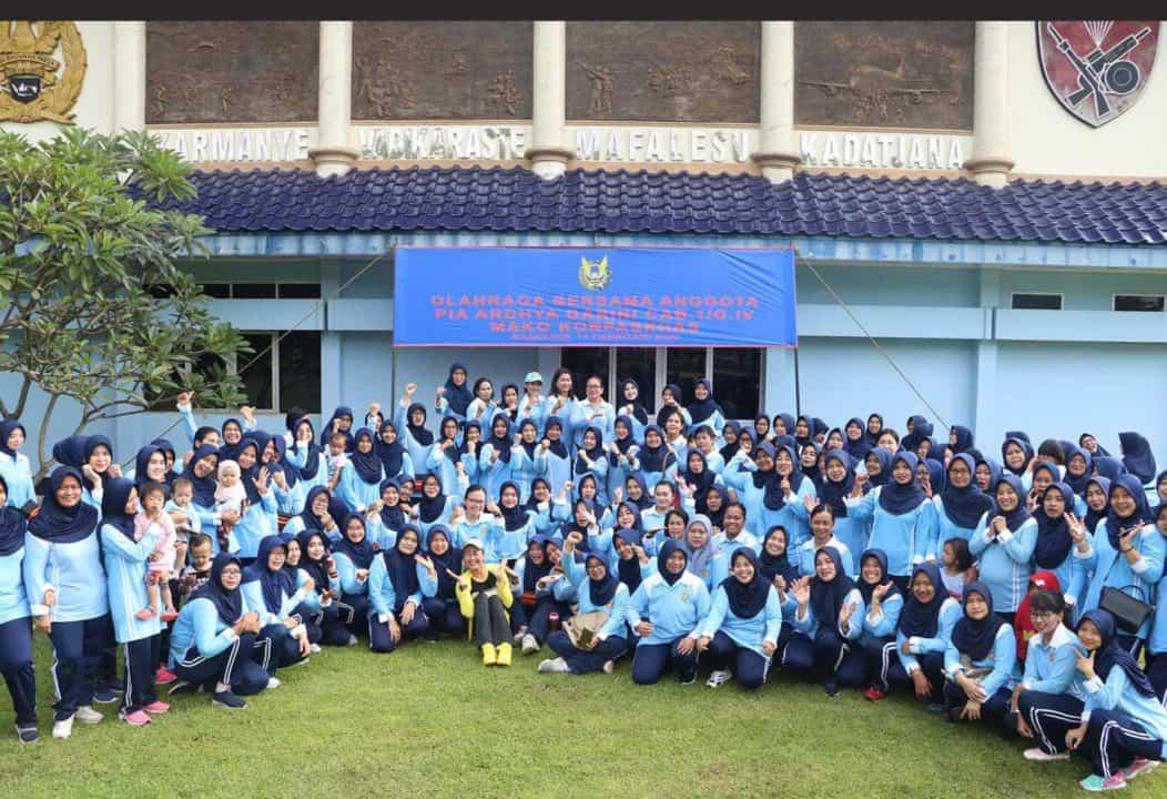 PIA Ardhya Garini Cabang 1 / Gabungan IV Mako Korpaskhas Gelar Olahraga Bersama