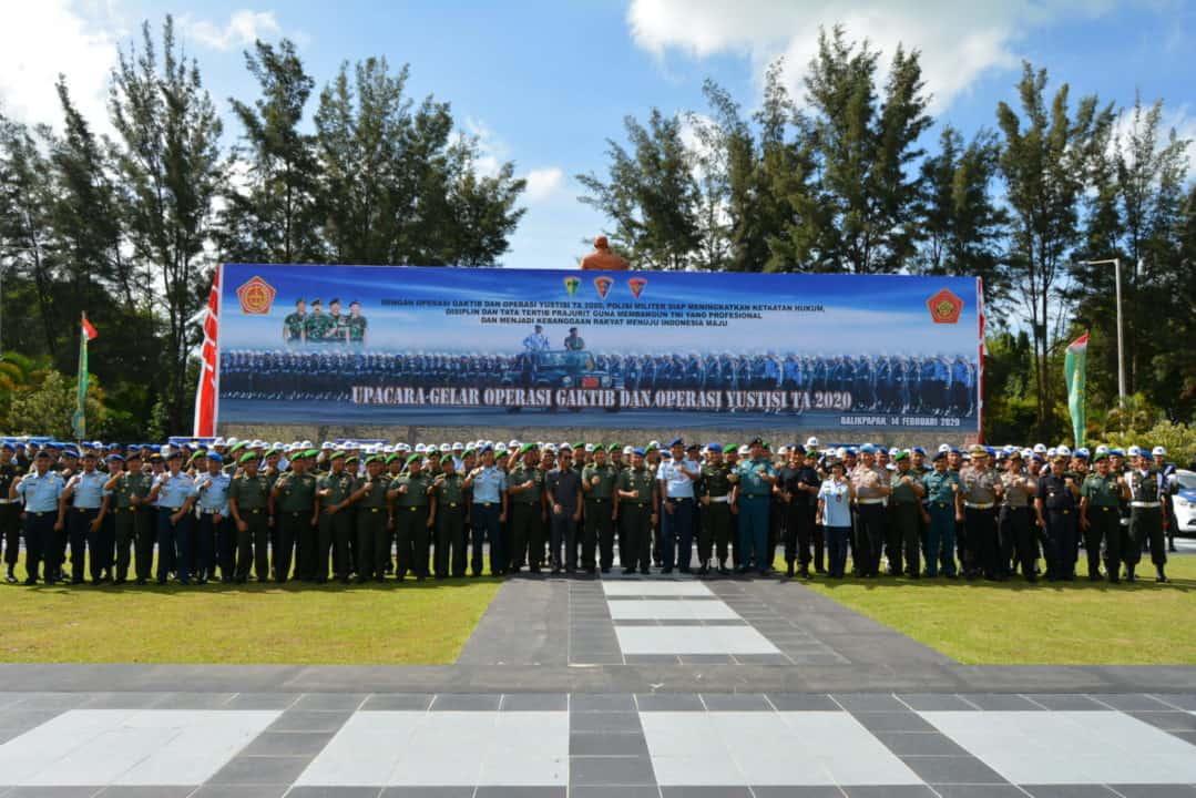 Komandan Lanud Dhomber Ikuti Upacara Gelar Operasi Gaktib dan Operasi Yustisi 2020