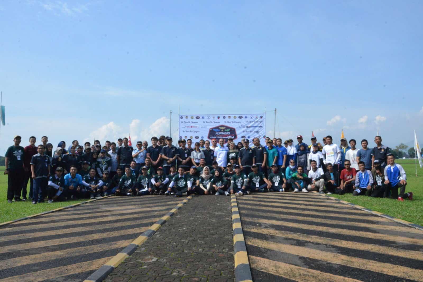 Komandan Lanud Sulaiman Hadiri Nurtanio Flying Competition