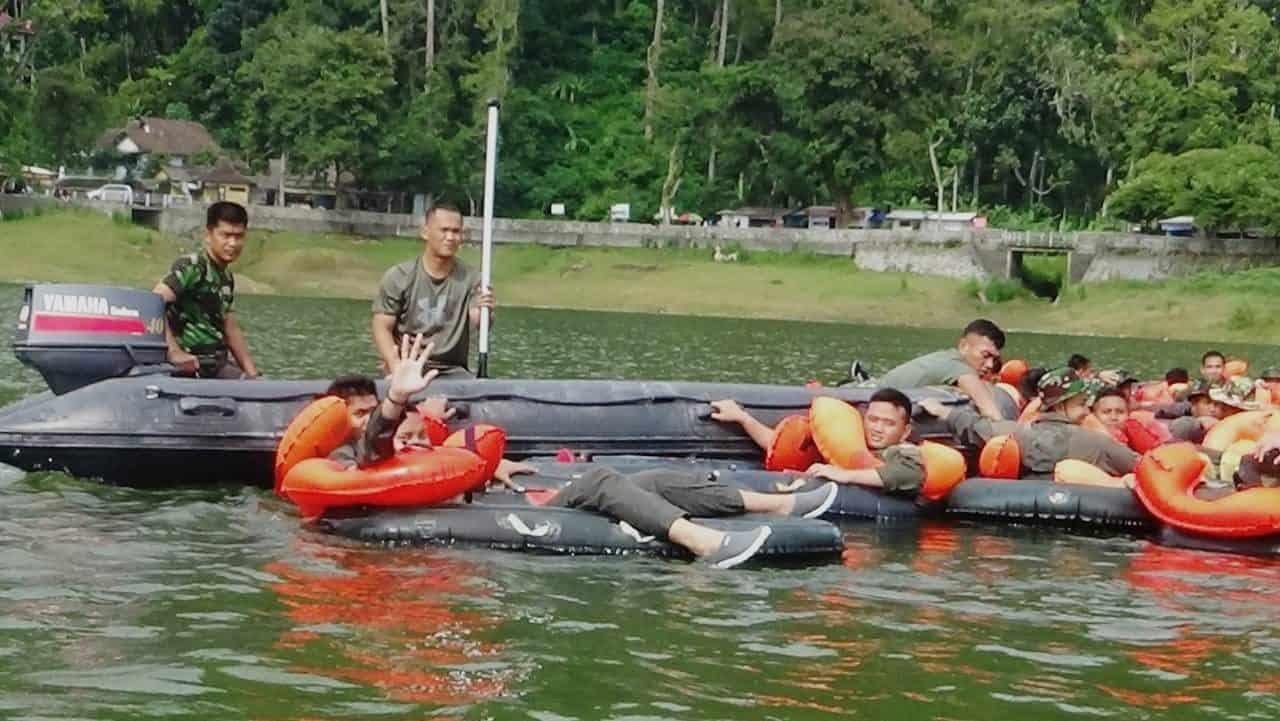 Batalyon 463 Paskhas Dukung Latihan Survival Dasar Lanud Iswahjudi TA. 2020