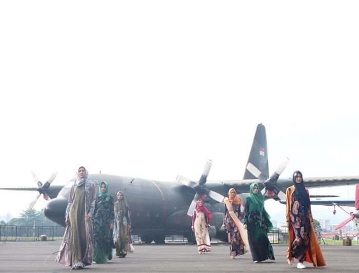 Fashionaxy 4.0 Aerospace Hijab Expo Di Lanud Husein S, Dengan Suguhan Dirgantara