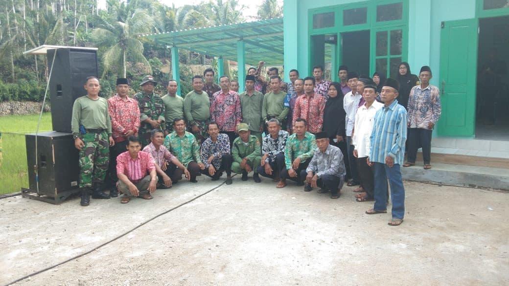 """Masyarakat Desa Poko : """"Terimakasih TNI AU"""""""