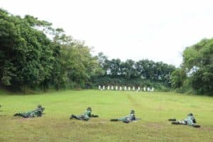 Asah Kemampuan : Prajurit Mako Korpaskhas Latihan Menembak Laras panjang dan laras Pendek
