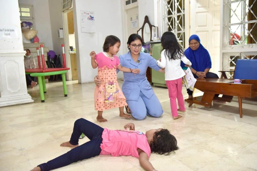 PIA Ardhya Garini Cabang 2/G. II Lanud Adisutjipto kunjungi Yayasan Kasih Anak Kanker Indonesia Cabang Yogyakarta