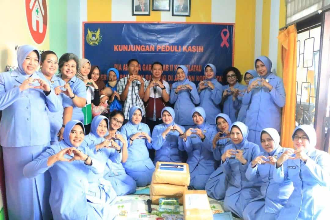 Ny.Irene Harlyansyah Beri Dukungan Kepada Penderita Kanker