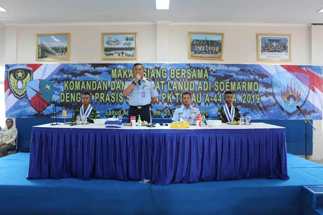 Danlanud Smo Makan Siang Bersama Siswa Semaba PK Angkatan 44