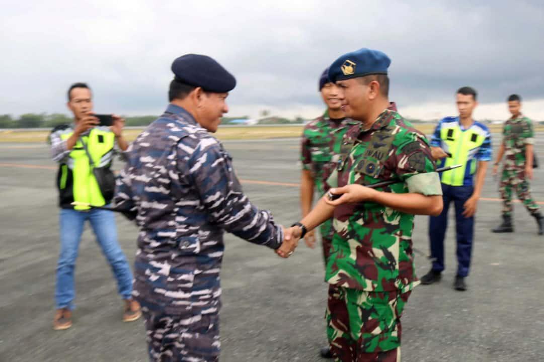 Komandan Lanud Sjamsudin Noor Sambut Kedatangan Danguspurla Koarmada II