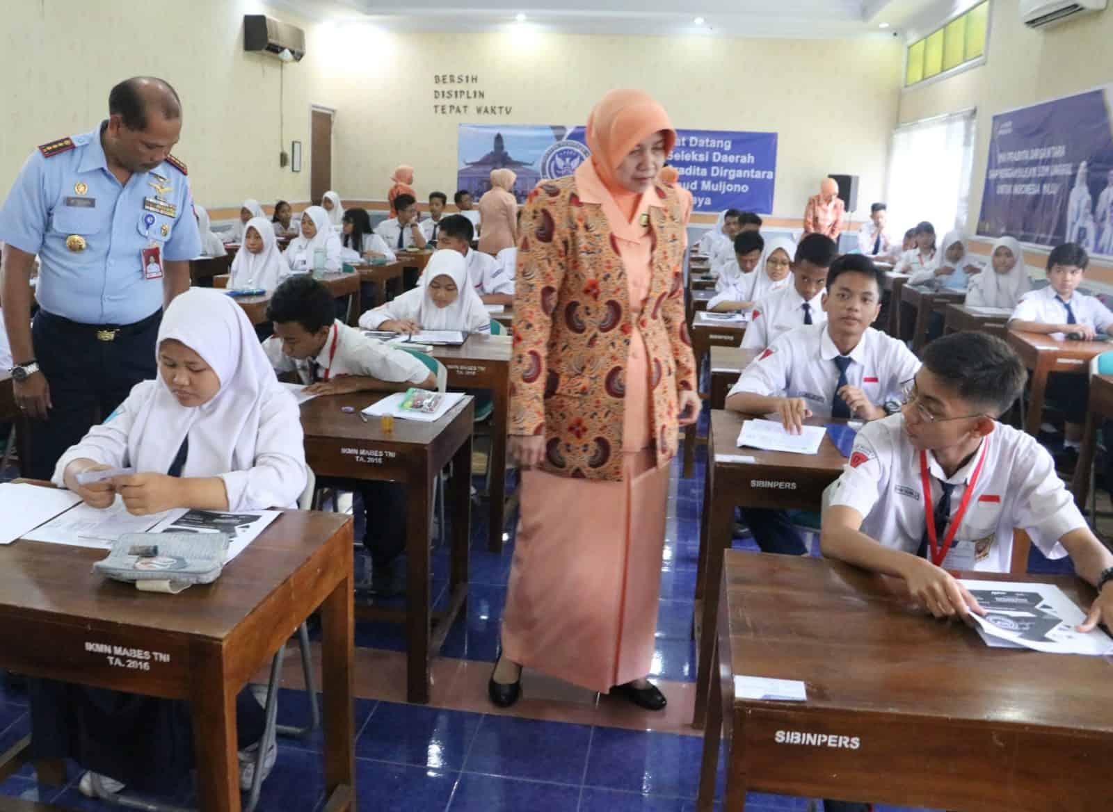 45 Calon Peserta didik SMA Pradita Dirgantara Laksanakan Seleksi di Lanud Muljono Surabaya