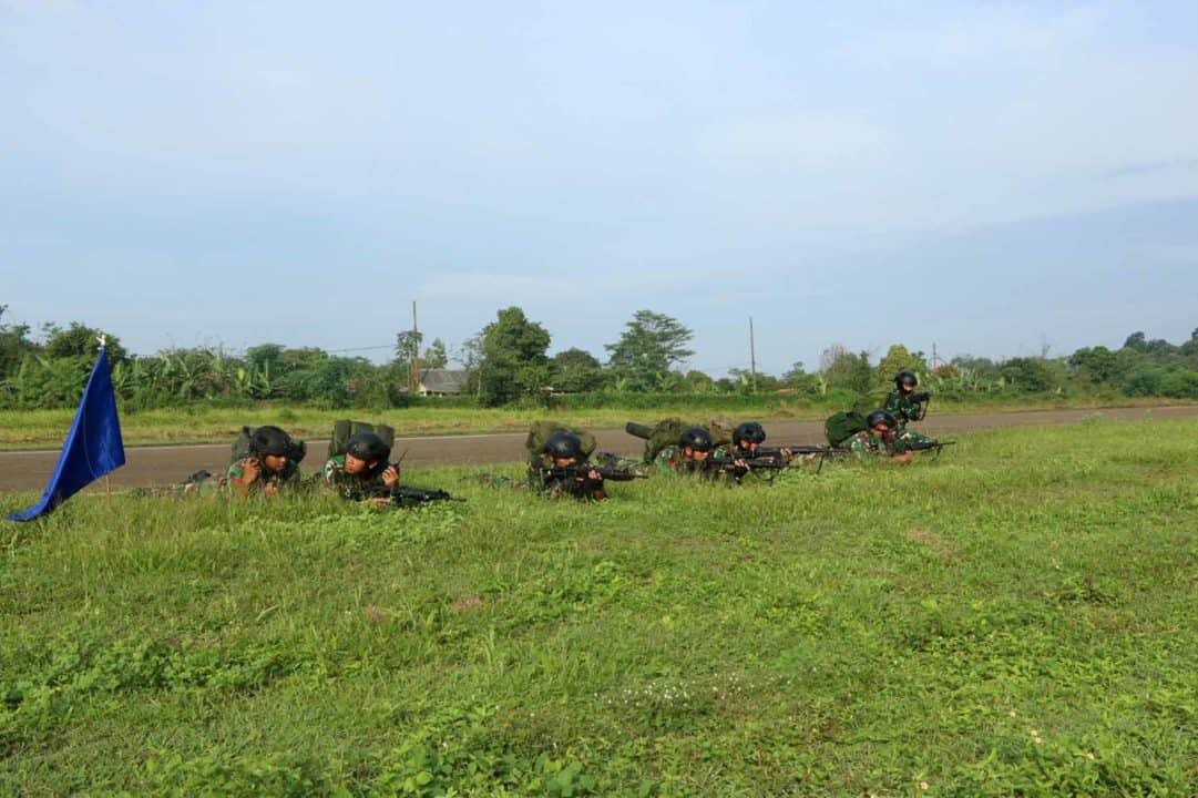 Satuan Bravo 90 Paskhas Laksanakan Terjun Taktis Statik