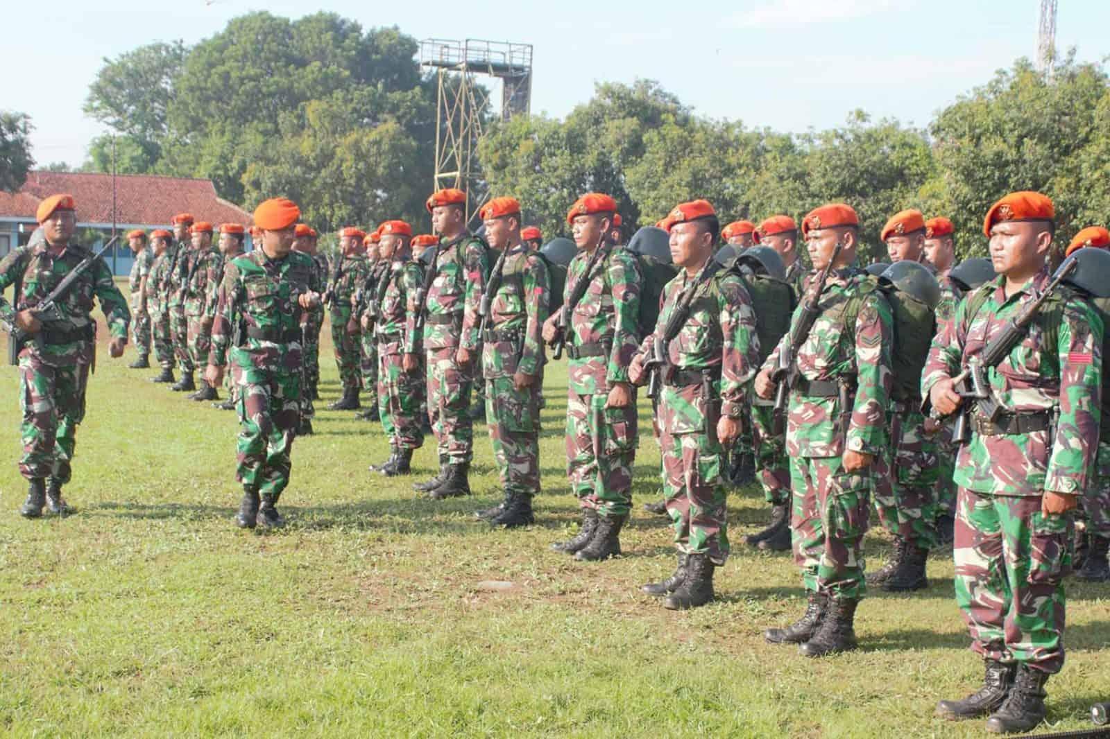 Danyonko 463 Paskhas Pimpin Upacara Pemberangkatan Satgas Pamrahwan dan Aset TNI AU
