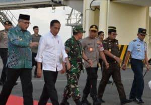 Danlanud SIM Sambut Kedatangan Presiden RI Ir. H. Joko Widodo