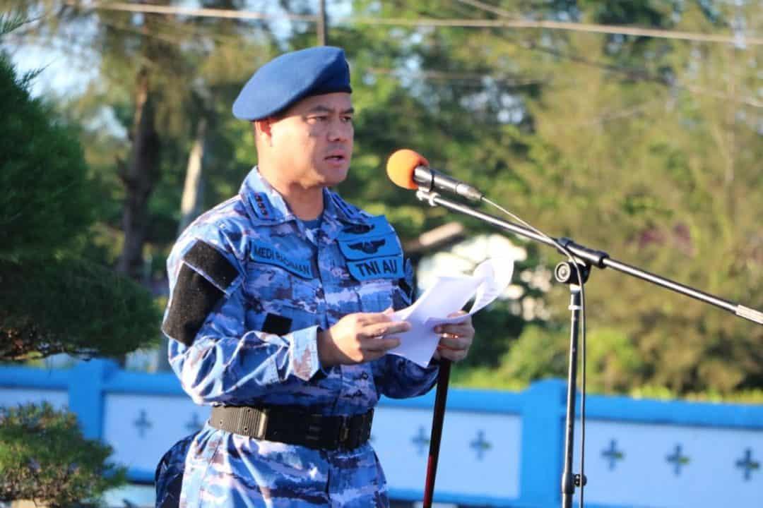 Komandan Lanud Sutan Sjahrir Bacakan Sambutan Kasau Pada Upacara Bendera 17-an