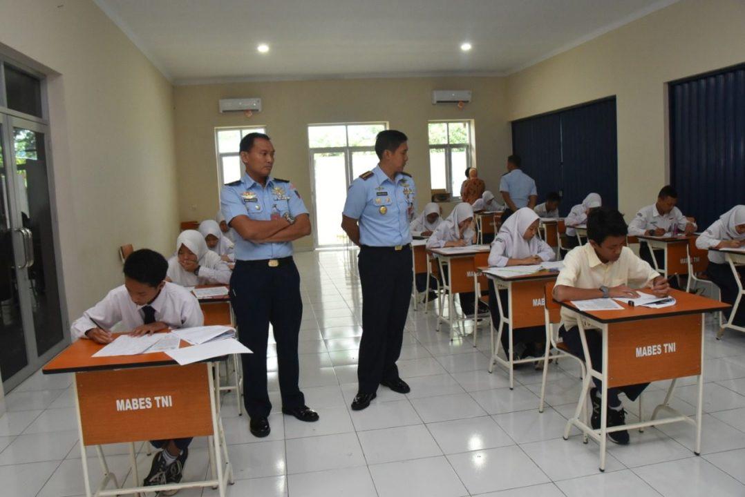 Lanud Husein S. Selenggarakan Seleksi SMA Pradita Dirgantara