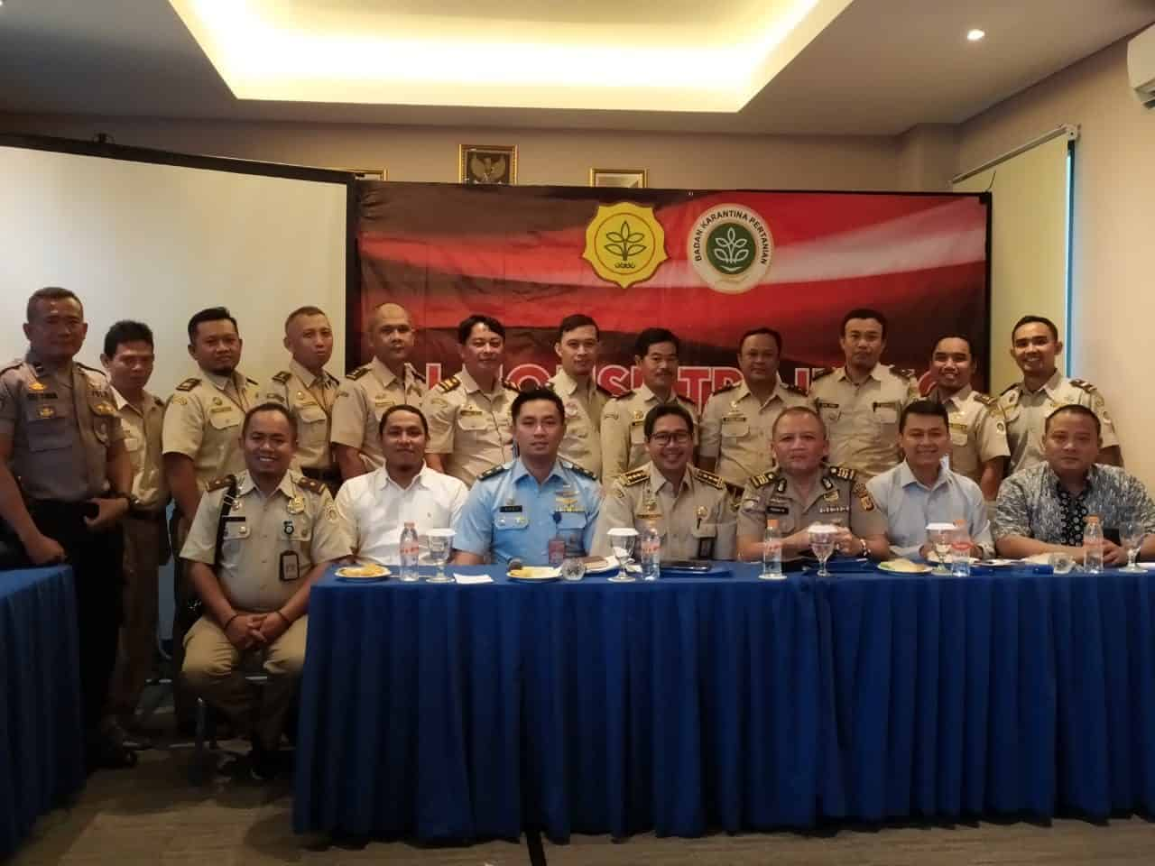 Meningkatkan Pemahaman Akan Peran TNI Angkatan Udara Untuk Mendukung Pengawasan dan Penindakan Di Bidang Perkarantinaan, Lanud Sugiri Sukani Menjadi Narasumber Inhouse Training