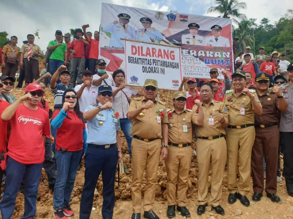 Danlanud Sri Hadiri Gerakan Cinta Bumi Di Kabupaten Minahasa Tenggara