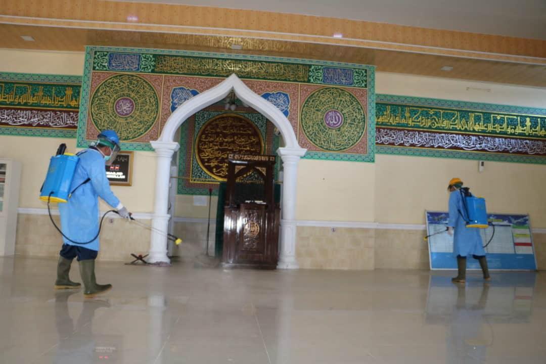 Cegah Penyebaran covid-19, Tempat Ibadah Lanud Rsn Disterilkan