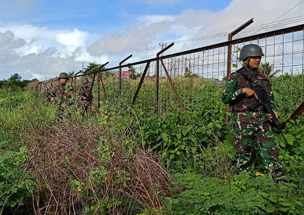 Satgas Pamrahwan Yonko 462 Paskhas Pos Merauke Patroli Keamanan Bandara Mopah Merauke