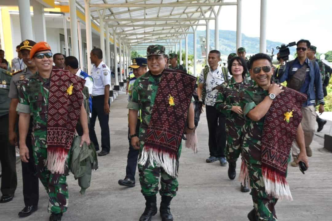 Tim Pelangi Nusantara 2020 Survey di Pulau Ende