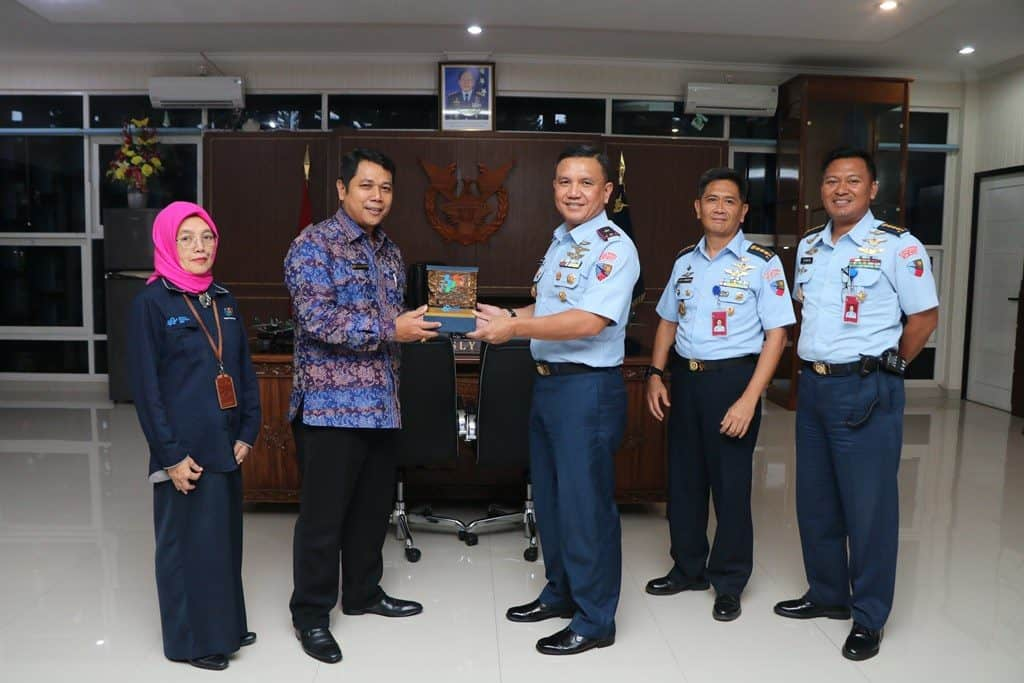 Komandan Lanud Abd Saleh Terima Kunjungan Kepala BPS Jawa Timur
