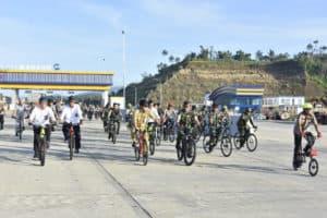 Danlanud Sri Bersama Wagub Dan Forkopimda Survei Ruas Tol Manado-Bitung Gunakan Sepeda