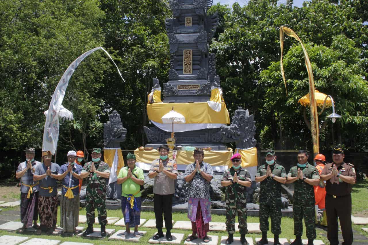 Kembali Sinergitas TNI-Polri, Sterilkan Tempat Ibadah Cegah Covid-19