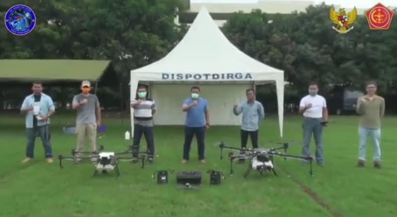 Uji coba Drone Untuk Penyemprotan Desinfektan Oleh Dispotdirgaau