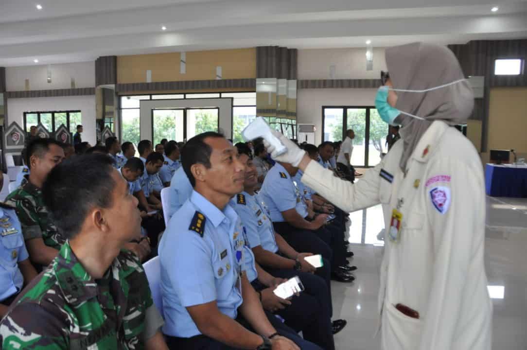 Pemeriksaan Suhu dan Penyemprotan Disinfektan Gencar Laksanakan di Makoopsau I