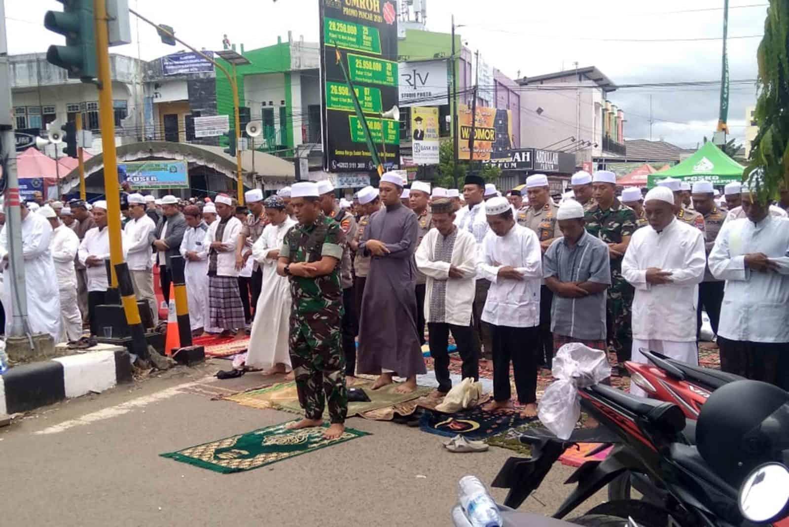 Komandan Lanud Sjamsudin Noor Beserta Forkopimda Kalimantan Selatan Pantau Kegiatan Haul Guru Sekumpul