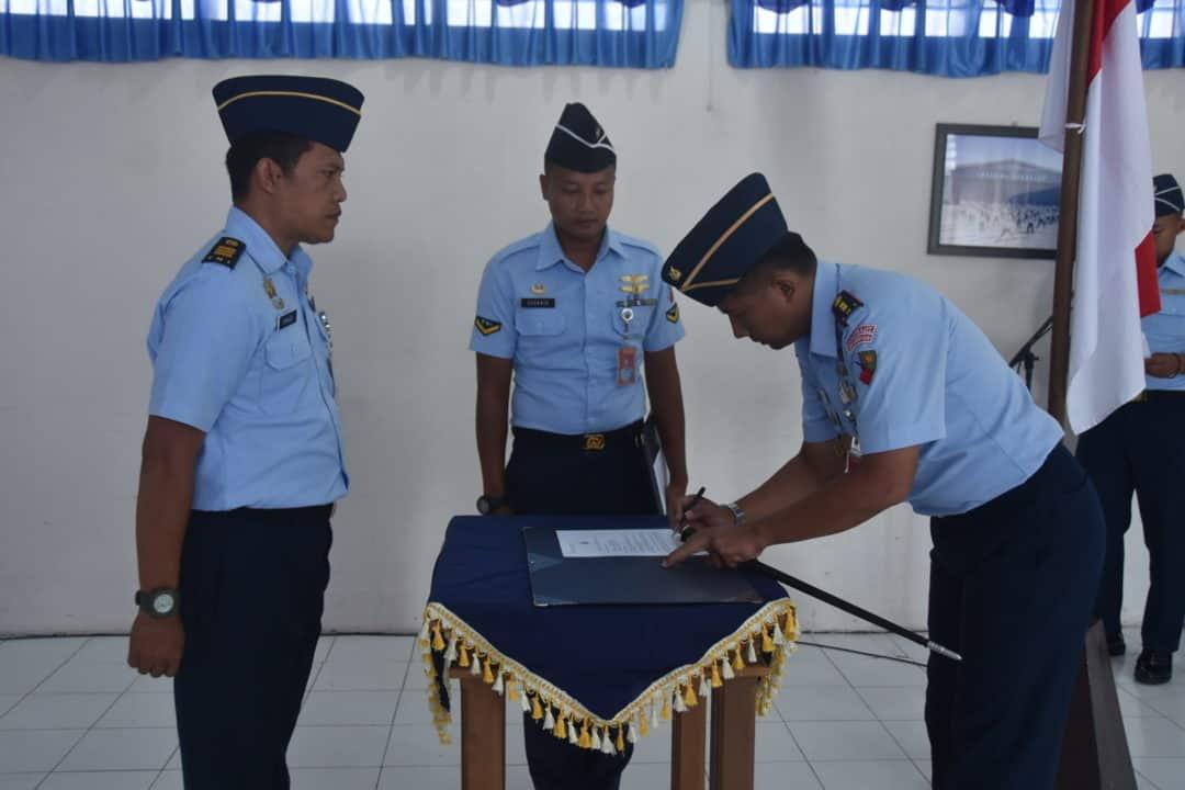 Lanud Maimun Saleh Melaksanakan Penandatanganan Pakta Integritas Penerimaan Casis Tamtama PK TNI AU Gelombang I.