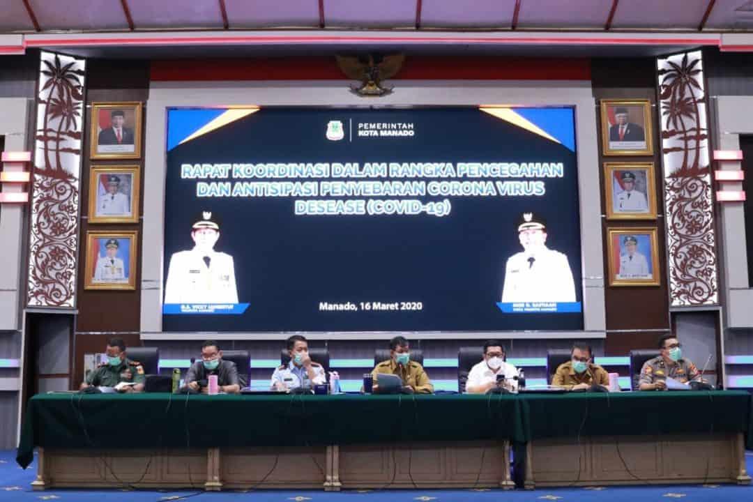 Komandan Lanud Sam Ratulangi Menghadiri Rapat Koordinasi Satgas Penanganan Covid-19 Di Kota Manado