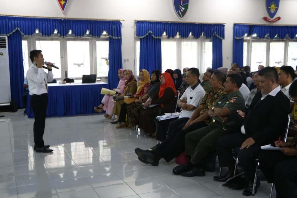 Lanud Adi Soemarmo Adakan Pembekalan dan Bimbingan Kepada Orang Tua calon siswa SMA Pradita Dirgantara