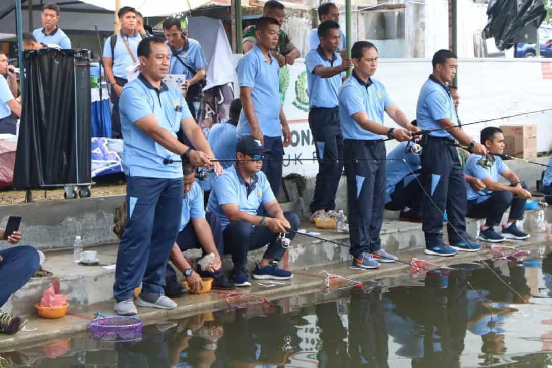 Jalin Keakraban Perwira, Mancing Bersama digelar di Lanud Adisutjipto