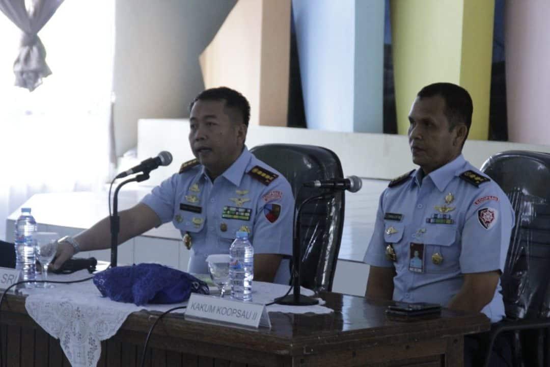 Ceramah Hukum di Lanud Sam Ratulangi