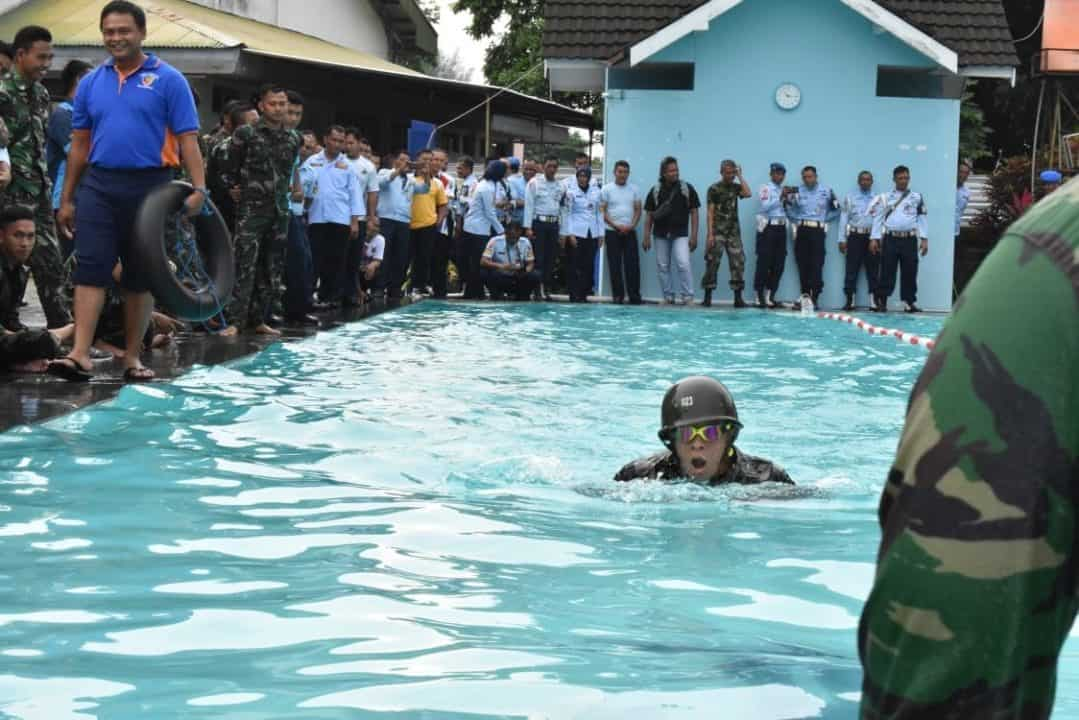Renang Militer dipertandingkan dalam Lomba Olahraga Antar Satuan Lanud Adisutjipto