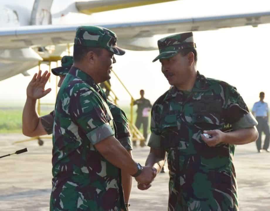 KOMANDAN MULJONO MENYAMBUT KASUM TNI DI LANUDAL JUANDA SURABAYA