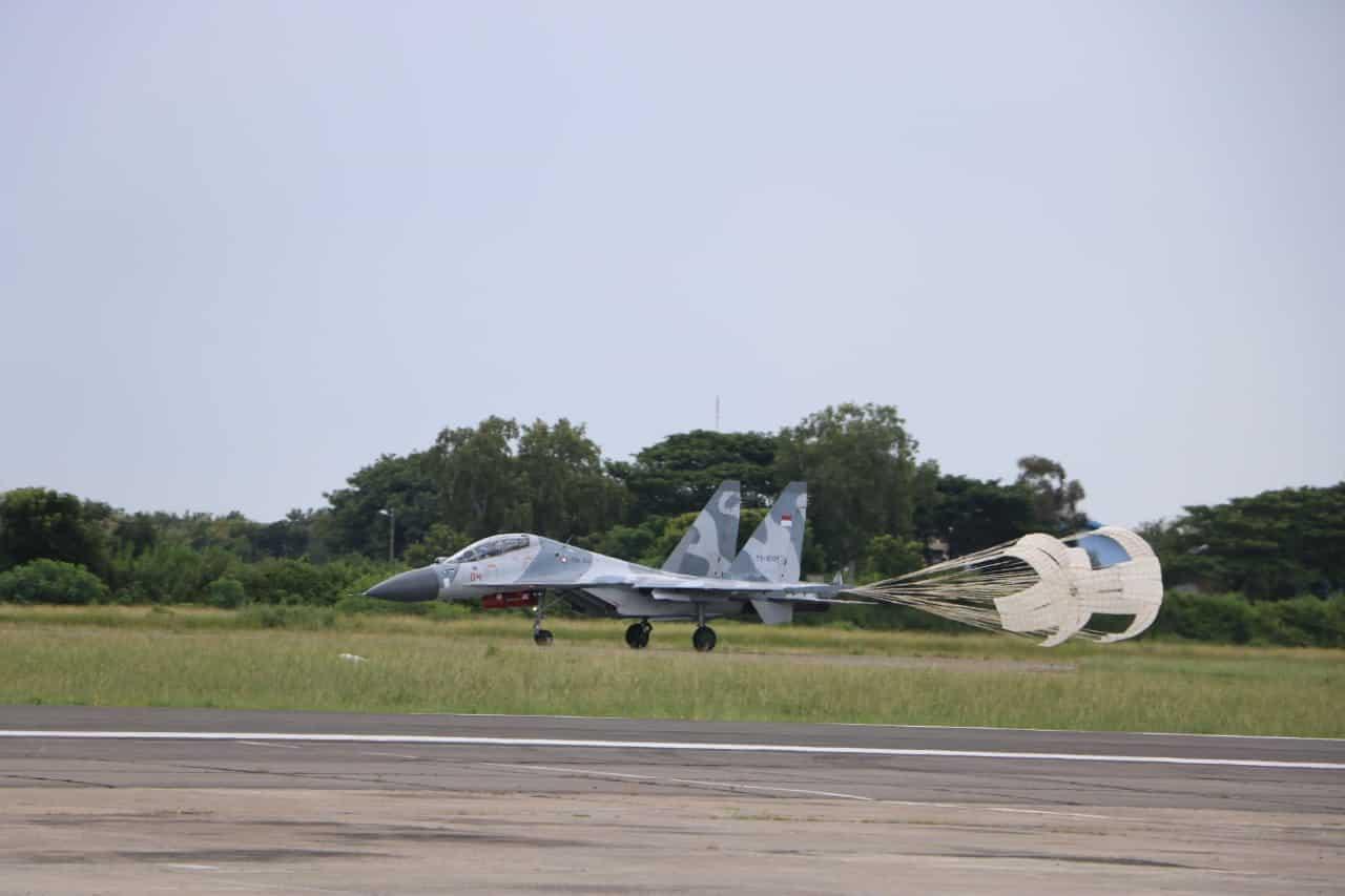 Penerbang Skadron Udara 11 berlatih Dog Fight dan BVR di Lanud Iswahjudi