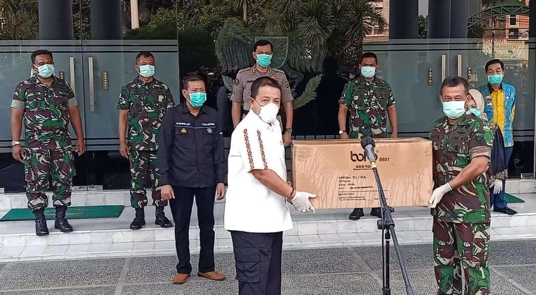 Danlanud BNY Menghadiri Penyerahan APD untuk Provinsi Lampung