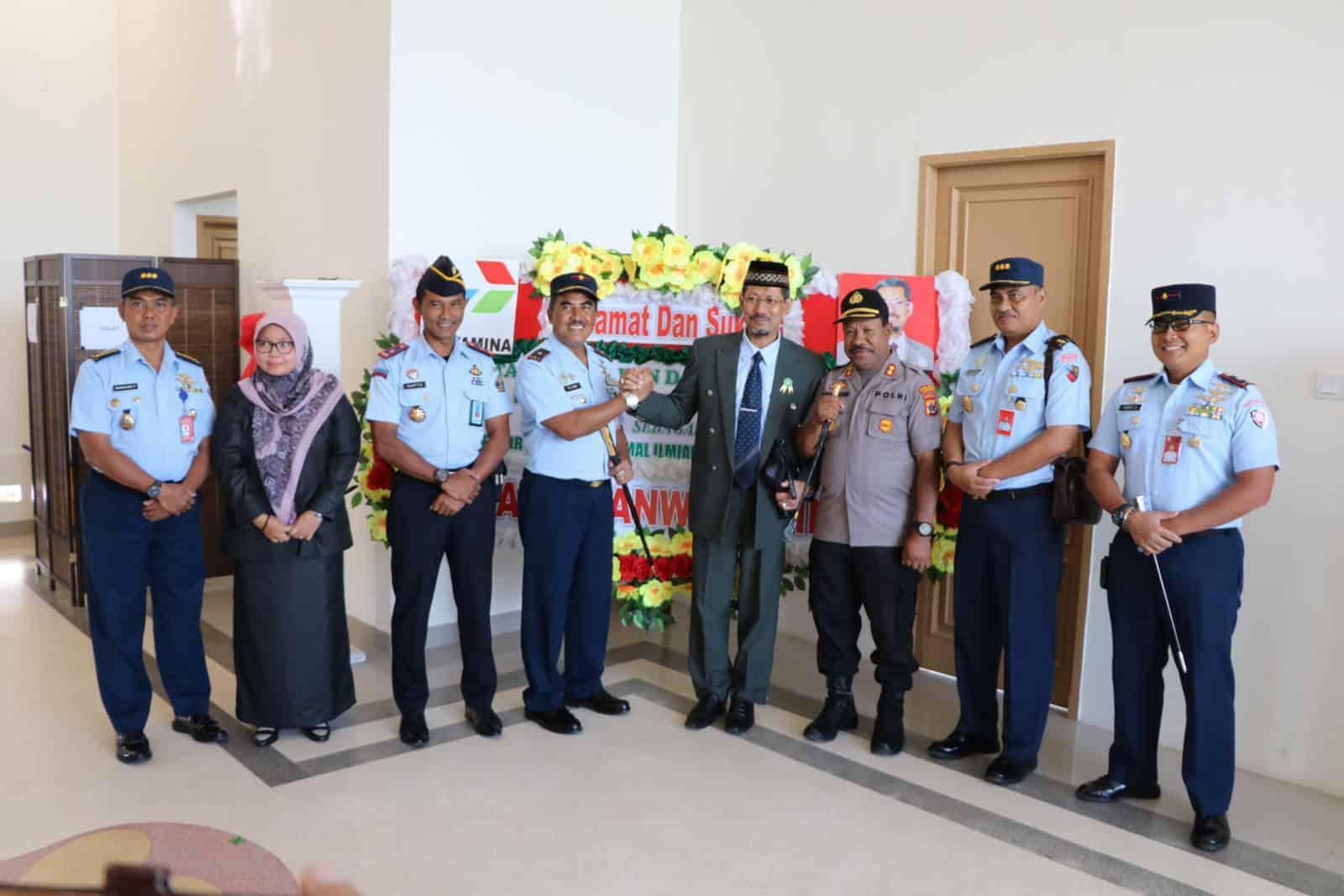 Danlanud Silas Papare Jayapura Hadiri Pengukuhan Rektor UNAIM