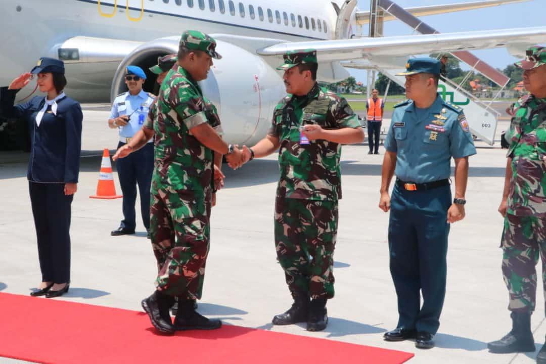 Danlanud I Gusti Ngurah Rai Sambut Kedatangan Kasum TNI dan Pangkogabwilhan II