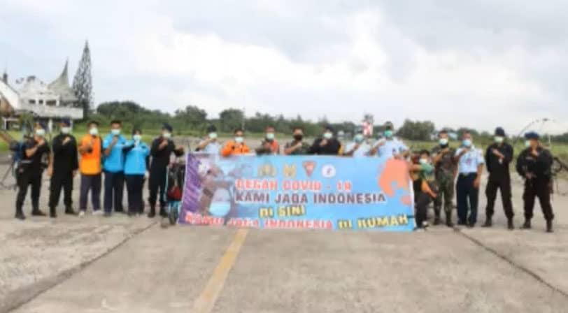 Penanganan Covid-19 Atlet Fasi Paramotor di Lanud Sutan Sjahrir