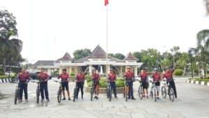 Peringati Hari Pers Nasional, Lanud Sugiri Sukani Bersama Forkopimda dan Insan Media Adakan Gowes Serta Penghijauan.