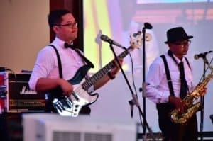 Dr. Gega Bassist Fighter Band Lanud Iswahjudi dinobatkan sebagai The Best Bassist