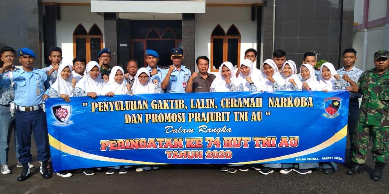 """""""Keliling Sekolah"""", Lanud Sugiri Sukani Sosialisasi Berbagai Hal Termasuk Penyediaan Prajurit TNI AU"""
