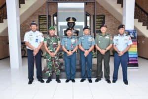 Danlanud RHF Hadiri Pertemuan dengan Staff Ahli Panglima TNI di Mako Lantamal IV Tanjungpinang