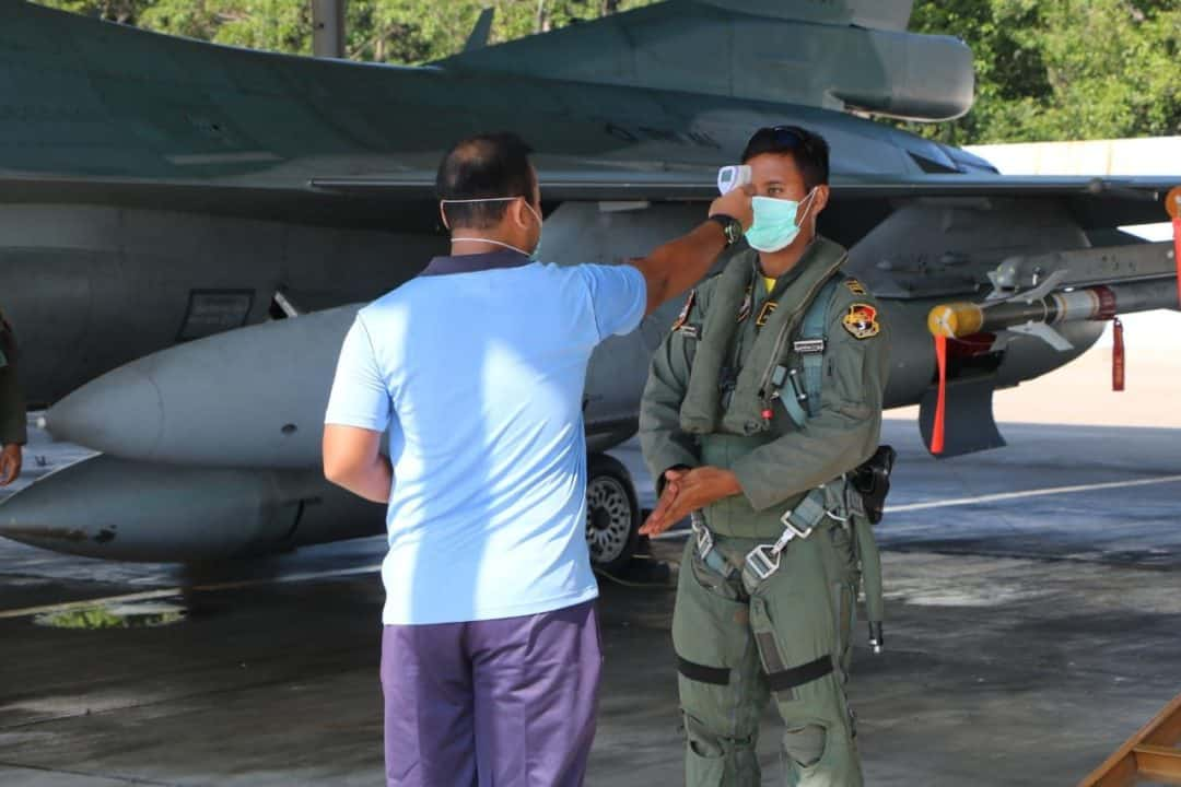 Sekembalinya Melaksanakan Misi Operasi Udara Trisakti-20, Seluruh Crew dan Pesawat Tempur F-16 Distrerilisasi dengan Desinfektan