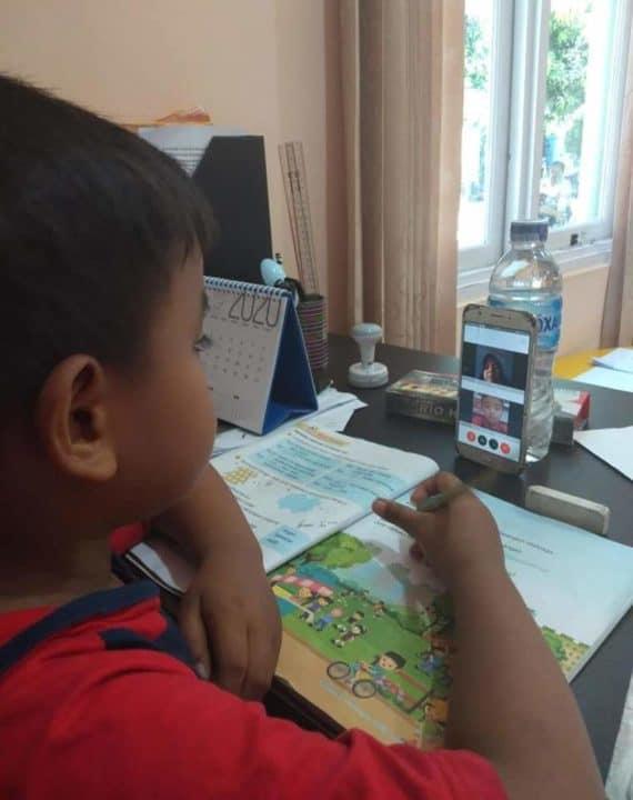 Antisipasi Penyebaran Virus Corona, TK Dan SD Angkasa Lanud Silas Papare manfaatkan daring untuk kegiatan belajar mengajar