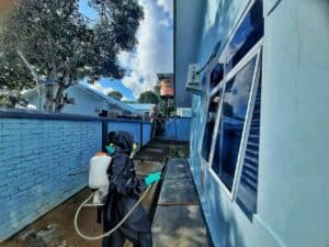 Cegah Penyebaran Covid-19, Lanud RHF Lakukan Penyemprotan Disinfektan Seluruh Fasilitas dan Observasi Prajurit-Prajurit Baru